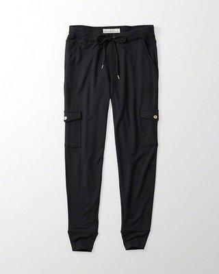 Maple麋鹿小舖 Abercrombie&Fitch * AF 黑色慢跑縮口長褲JOGGER * ( 現貨XS號 )