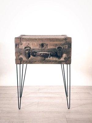 美國古董30's NEVERBREA老鐵箱 附腳架 [BOX-0429] 舊鐵箱 裝飾品 老件 復古 家飾 二手