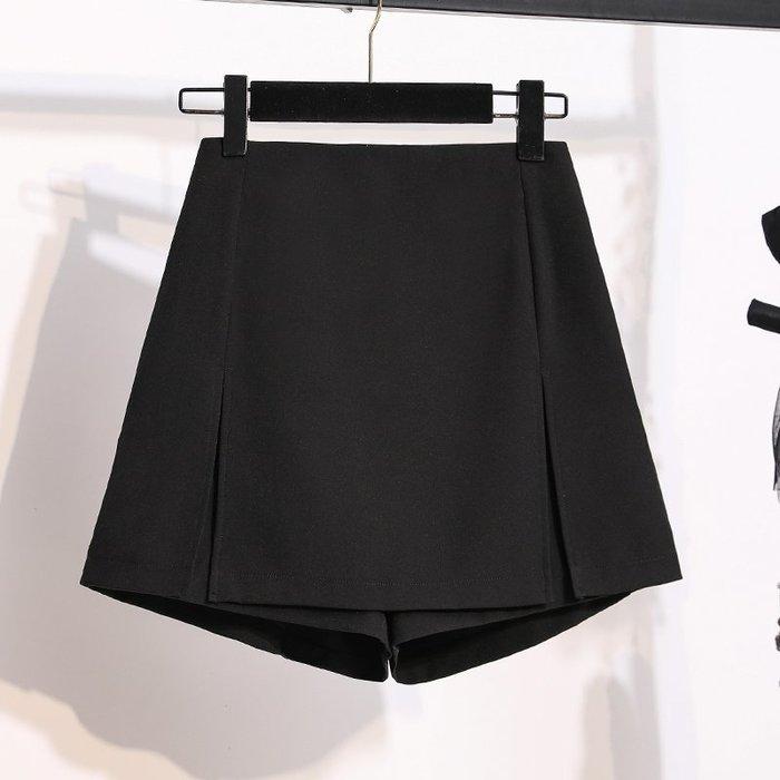 [C.M.平價精品館]L~4XL新品特價/舒適百搭鬆緊腰圍黑色休閒褲裙  加大碼