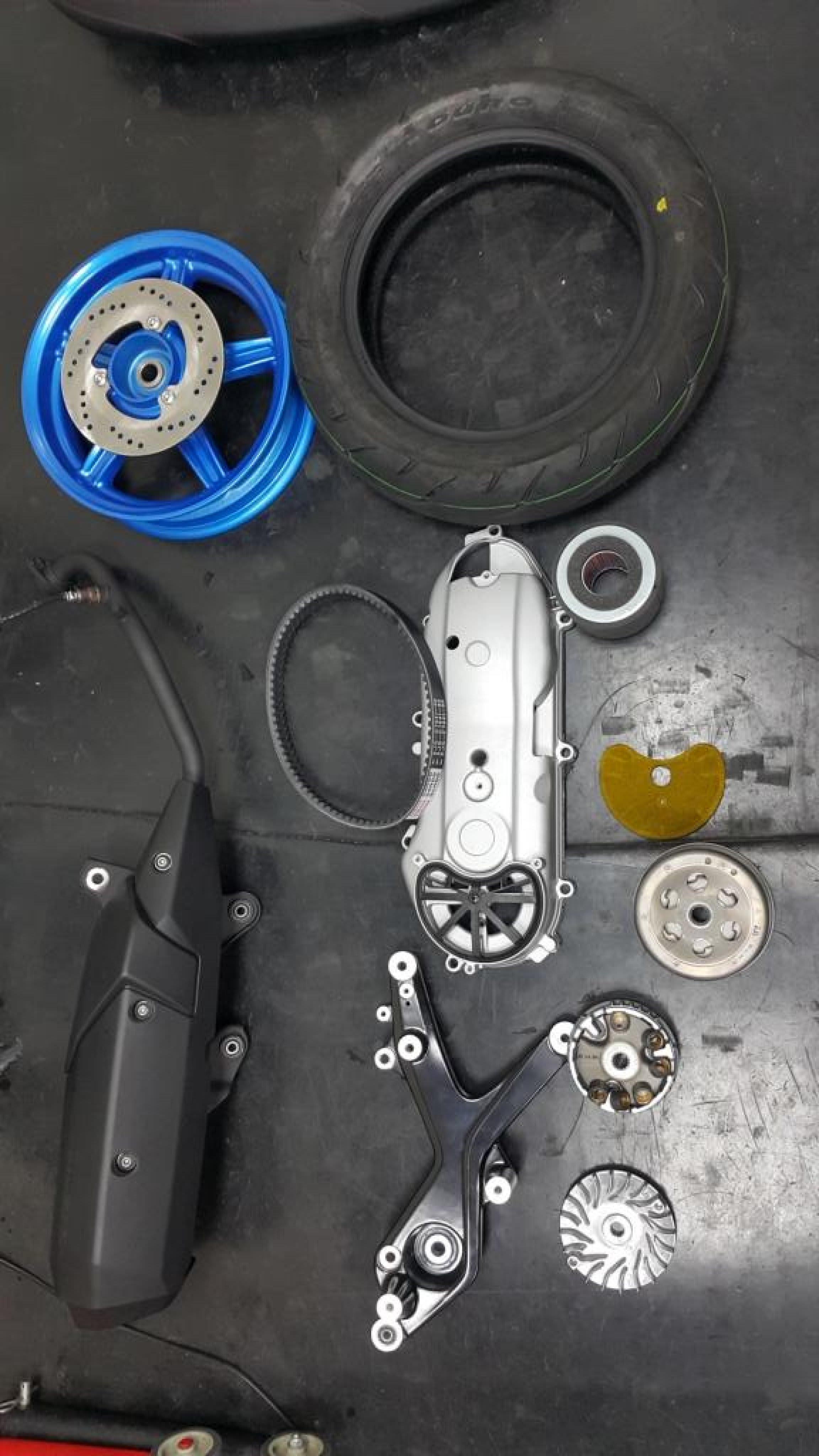 ◎香菇小舖◎ BWS R BWSR 勁戰四代 四代勁戰 原廠 輪胎 排氣管 排骨 離合器 碗公 皮帶 輪框 後避震器