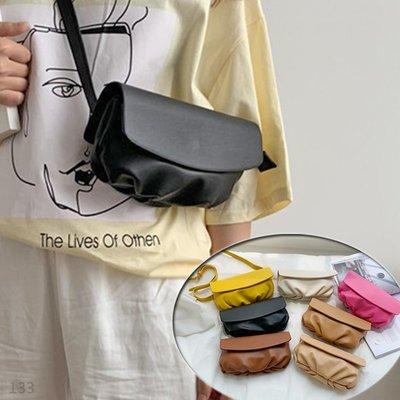 韓國連線 復古 皮革 腰包 胸包 側背包 斜背包 手拿包 包包 女包 女生包包 小包 斜跨包 錢包 旅行包 文青 3用包