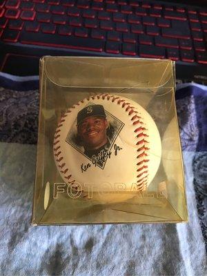 MLB 美國職棒 西雅圖水手隊 小葛瑞菲 1994年紀念球 肖像球 LOGO球 盒裝有損