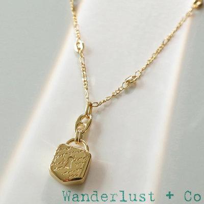 Wanderlust+Co 澳洲品牌 金色古典鎖頭項鍊 手工刻字項鍊 Trust 開啟無限未來