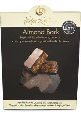 (預購)英國 FUDGE KITCHEN Almond bark 杏仁口味軟糖150g