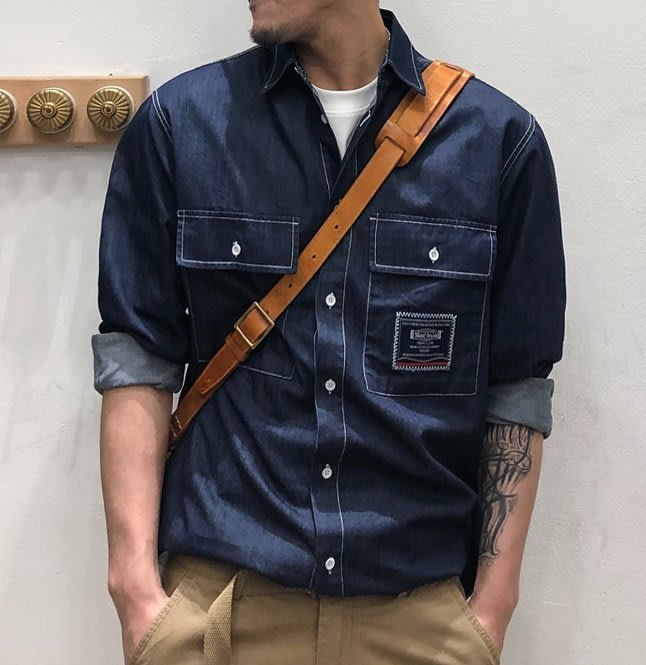 ☆MR☆日系春夏薄款雙口袋工裝帥氣長袖襯衫(藍色)~現貨+預購