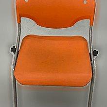 台中二手家具 大里宏品二手家具館 F112630*橘色洽談椅* 二手各式桌椅 中古辦公家具買賣 會議桌椅 辦公桌椅