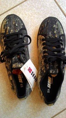 """瑞典""""SKONO""""帆布鞋 ---舒適好穿的休閒鞋!降價不買可惜。"""