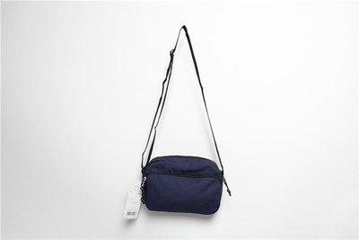 韓國 First Unit 深藍色防潑水牛津布 橫型長方 斜咩袋 ($180 包順豐)