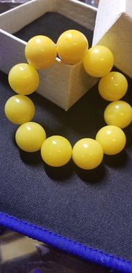 雞油黃蜜蠟圓珠手串