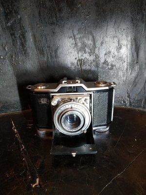 Zeiss ikon contina 古董蛇腹底片相機