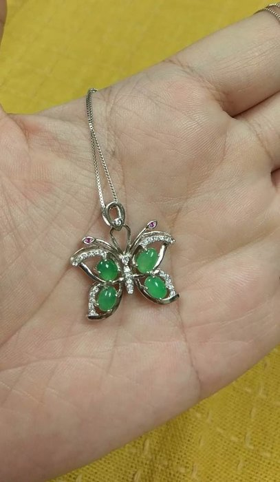 天然緬甸A貨翡翠~冰晴底綠蛋蝴蝶造型 925銀鑲嵌