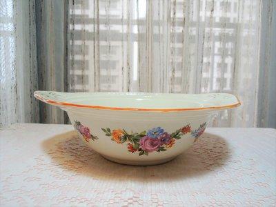 紫丁香歐陸古物雜貨♥英國 1946年Swinnertons Luxor Vellum 玫瑰花朵白色浮雕橢圓形湯鍋.水果盤