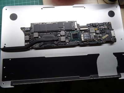 apple MacBook 電池更換 MacBook 液晶破裂 MacBook 主機板維修