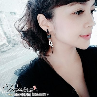 耳環 現貨 韓國 氣質 甜美 潮風 黑色 簡約 仿古 幾何 吊飾 長耳環 K92043-7 Danica 韓系飾品