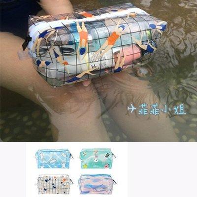 KIITOS 海洋語系列 防潑水 透明PVC化妝包 盥洗包 雜物包-游泳/游泳圈/北極熊/鯨魚