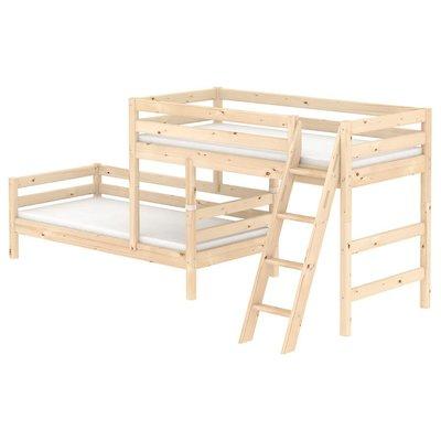 FLEXA Classic Semi-High Beds 中高床兒童房配置樓梯(D款),另提供丹麥原廠獨立筒床墊供選配。