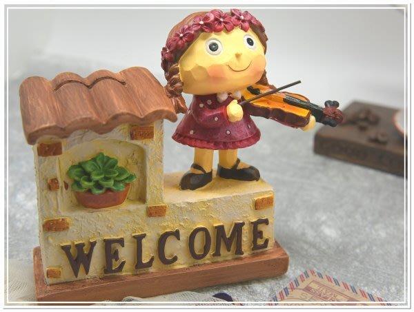 @@品登家具@@鄉村雜貨 情侶 兩小無猜 WELCME 小提琴 大提琴 撲滿 存錢筒 婚禮佈置 新婚禮物[男女2款]