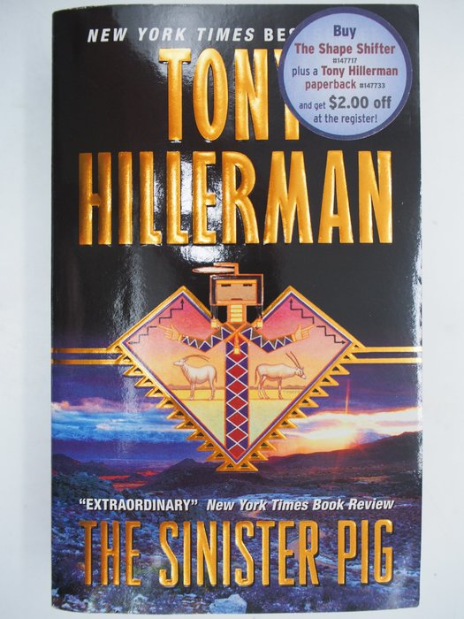 【月界二手書店】The Sinister Pig_Tony Hillerman 〖外文小說〗CJO