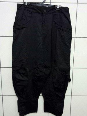 (愛莎&嵐) P&M EXTERIOR 義大利專櫃 黑色九分褲/44 1080124