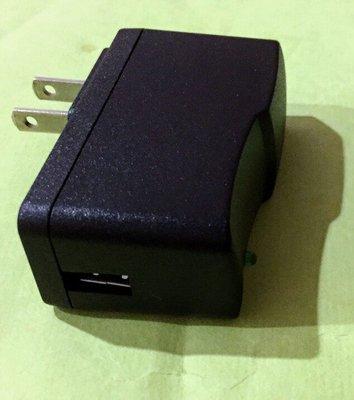 AC-DC 110V 220V 轉 DC 5V/ 2A USB 變壓器 快速充電器 手機 USB USB充電器 新北市