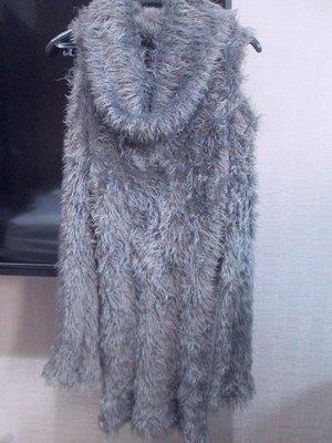 日本專櫃EGOIST灰色小露肩SLY MOUSSY SNIDEL款時尚毛毛上衣