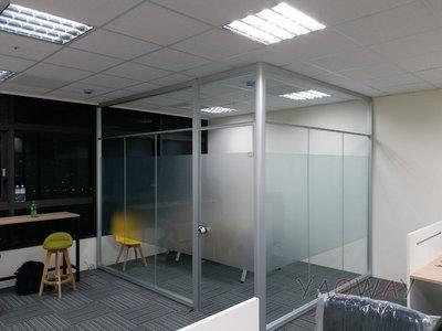 【耀偉】鋁框高隔間 (辦公桌/辦公屏風-規劃施工-拆組搬遷工程-組合隔間-水電網路)6