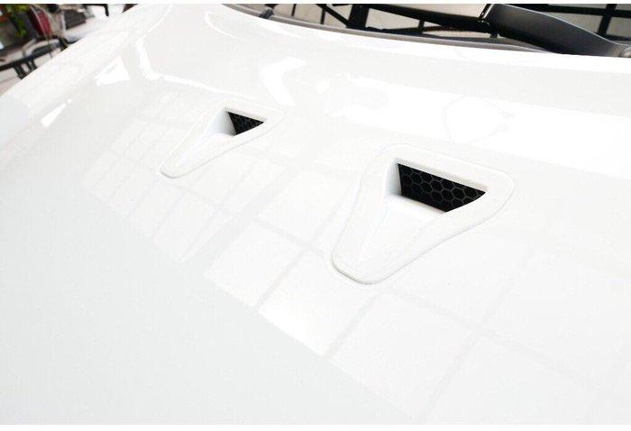 LUXGEN納智捷U6 TURBO【進氣孔卡夢貼】造型車身貼膜 3M貼紙 LOGO貼 碳纖維卡夢 Sports 運動風格