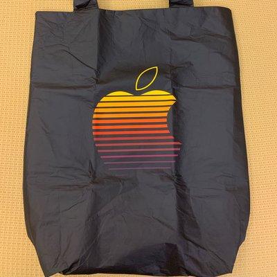 福岡 Apple store 重新開幕排隊記念禮