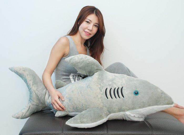 超大鯊魚娃娃抱枕~長100cm~鯊魚抱枕~大白鯊創意抱枕~海洋動物娃娃