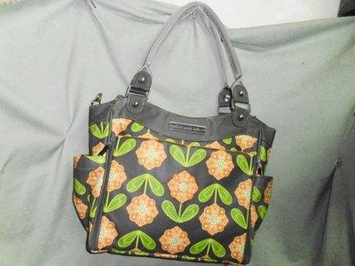 """-美國專櫃""""Petunia Pickle Bottom""""帆布背包---多口袋設計,很實用的大包包"""