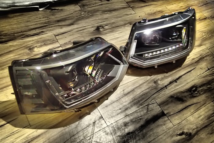 DJD19110504 全新VW福斯T5 10 11 12 13 14 15年類T6魚眼投射黑底前燈大燈組跑馬燈方向燈樣
