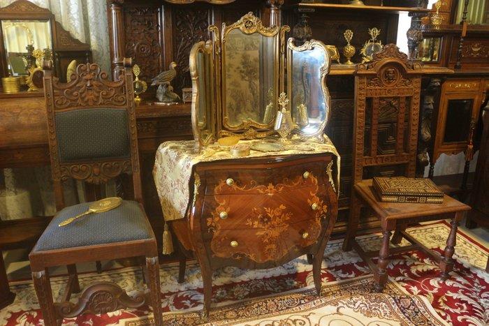 【家與收藏】賠售特價稀有珍藏歐洲古董法國古典華麗精緻巴洛克花卉浮雕三面鏡/桌鏡2