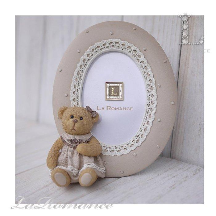 【義大利 Cupido & Company 特惠系列】咖啡色女生小熊橢圓2.5 x 3.5相框 / 泰迪熊 / 童趣動物
