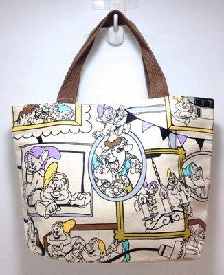 靚萁精品館 日本精選帶回~Disney~小矮人款可愛圖案帆布手提袋*特價420元
