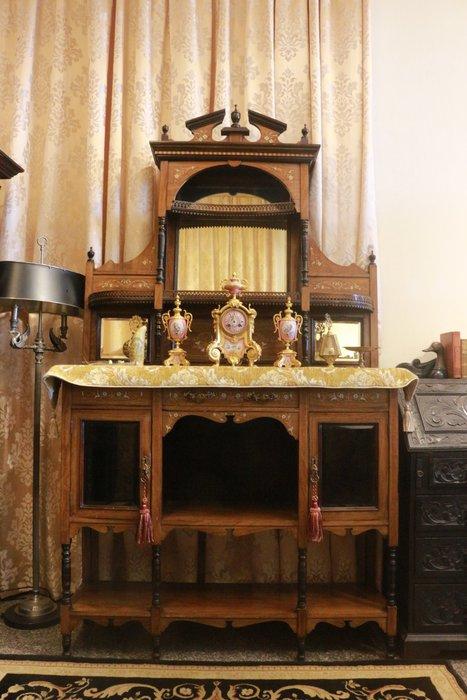 【家與收藏】特價極品珍藏歐洲百年古董1900年維多利亞時期手工Inlaid鑲嵌花梨木鏡臺高壁櫃/獵人櫃