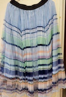 滿三件免運   銀葱寬腰頭鬆緊帶雪紡彩虹色垂墜式百褶長裙 繽紛藍色系 夏天風格十足 大尺碼 仙女款 只有一件