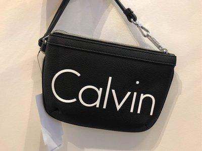 🇺🇸 Calvin Klein 拉鍊款大手拿包 黑 米白