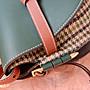 【輕奢包袋】Loewe/羅意威2020年新款 👉Gate Bag馬鞍包斜挎包 牛皮皮質SCBD