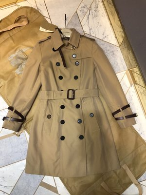 代購  2020  BURBERRY 皮革裝飾棉質嘎巴甸Trench 風衣1 訂金