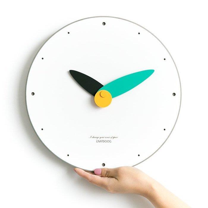 ART。DECO  極簡時尚掛鐘美式圓形掛鐘居家空間設計創意彩色掛鐘時尚個性靜音掛鐘北歐民宿餐廳實品屋裝飾掛鐘(9色可選