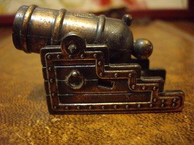 歐洲古物時尚雜貨  大砲車 削鉛筆機  擺飾品  古董收藏