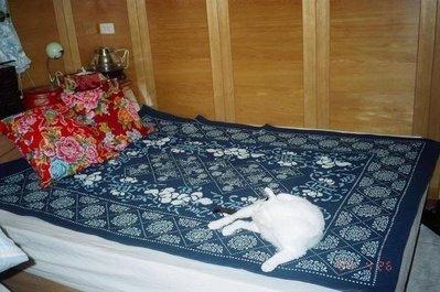 !!中國藍Anewei客家藍染夾棉三色花地毯/床墊/掛毯/寶寶爬行140*200cm