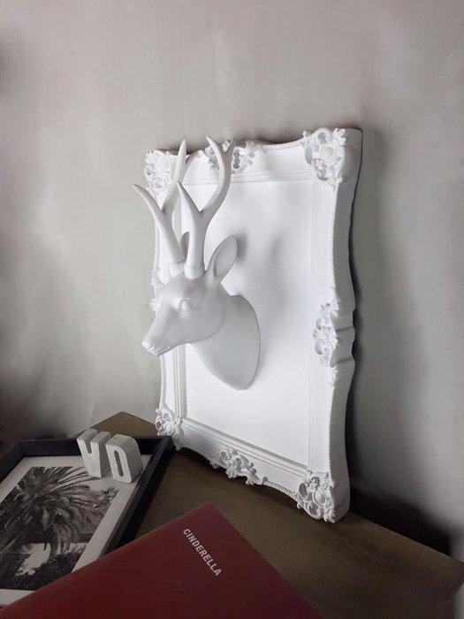 【曙muse】北歐鹿頭壁掛(尖耳)( 展示品 ) 藝術雕朔品 質感擺飾 loft 工業風 咖啡廳 民宿 餐廳 住家