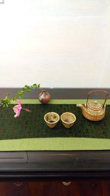 (店鋪不續租清倉大拍賣,原價35000元特價17500元)朱坤培先生--銅把大茶壺(含兩個杯子)