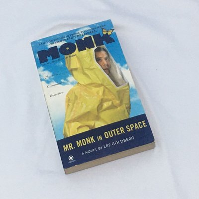Mr.Monk In Outer Space by Lee Goldberg