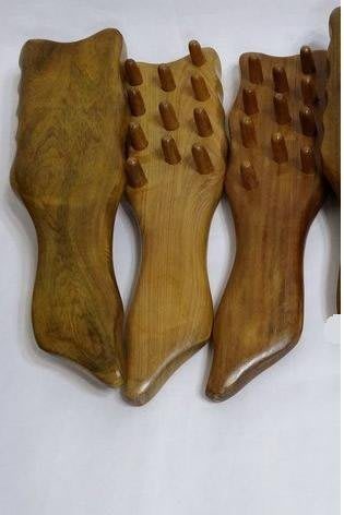 DP社【C11】MIT梢楠木頭皮按摩梳優惠原木梳穴道棒頭皮按摩穴道按摩刮痧片刮痧片刮痧棒推拿指壓器團購批發