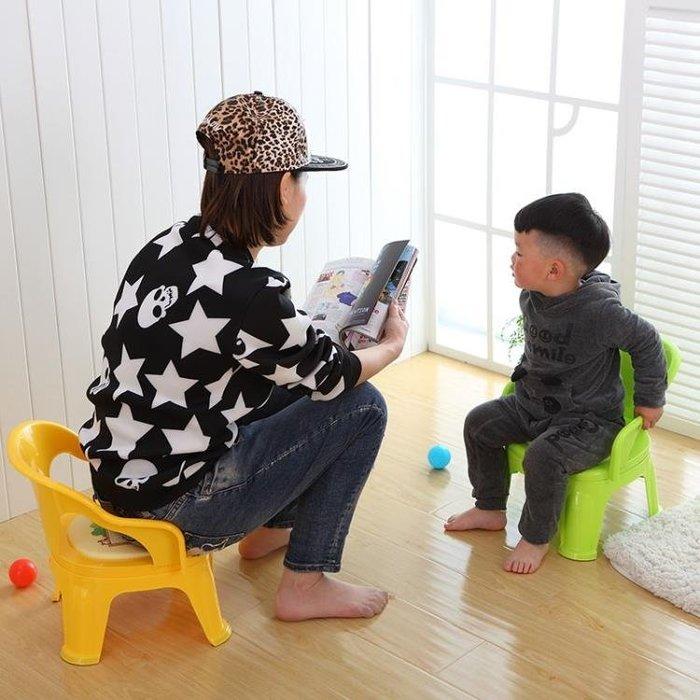 「免運」兒童餐椅叫叫椅帶餐盤寶寶吃飯桌靠背椅幼兒園小板凳塑料小凳子 『菲菲時尚館』