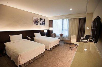 @瑞寶旅遊@花蓮百事達國際飯店【豪華客房】『2014新開幕、有兒童遊戲室、健身房』近F HOTEL h53