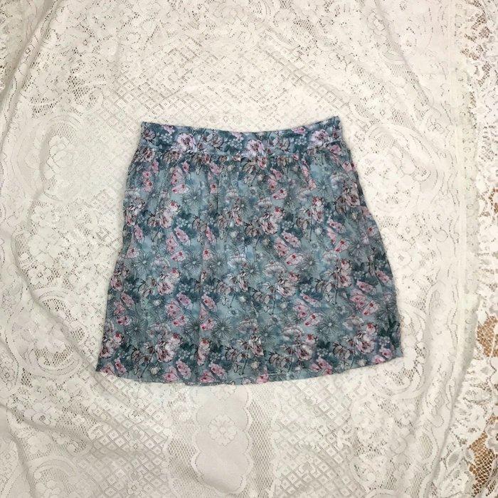 《iROO》藍色碎花美褲裙 詳閱敍述 實拍~
