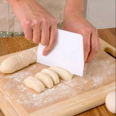 【默朵購物】台灣現貨 刮刀 切麵刀 蛋糕切刀 奶油刀 烘焙用具 廚房用品 麵糰 塑膠 塑料 批發